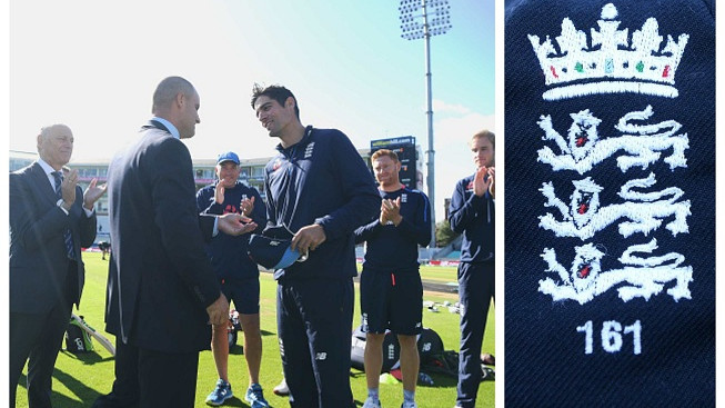 ENG v IND 2018: ECB presents Alastair Cook with a special cap in his last Test
