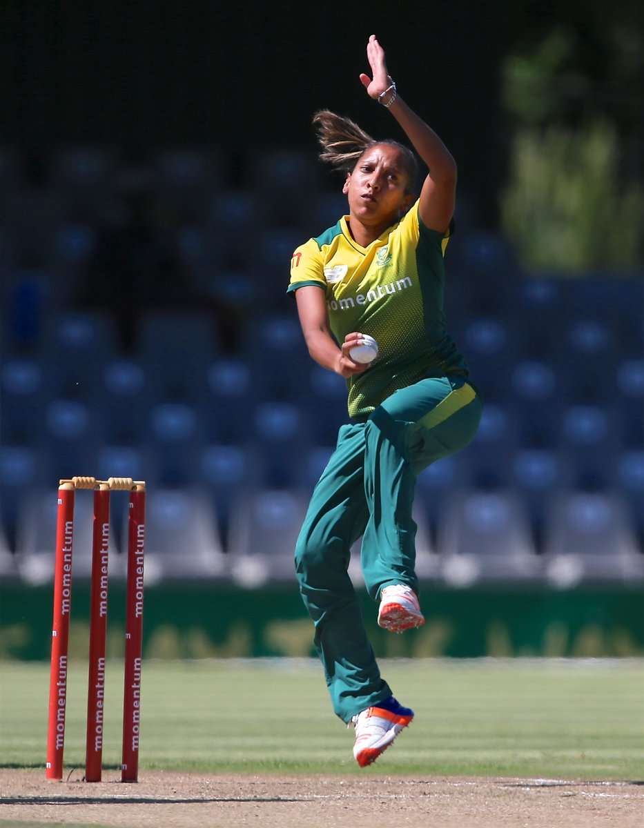 Shabnim Ismail and Chloe Tryon power South Africa women to a big win over India Women