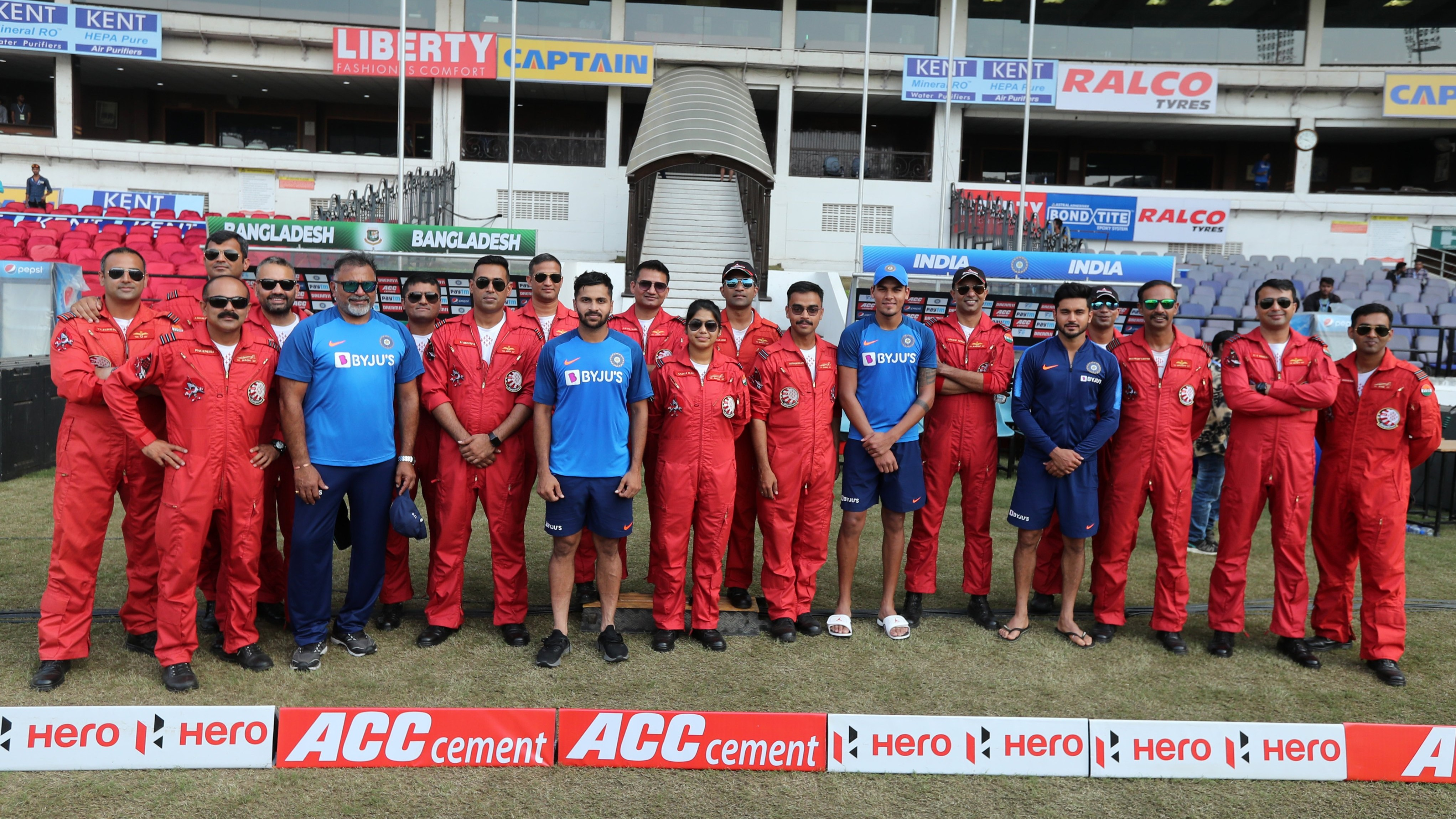 IND v BAN 2019: Team India spends time with Air Force pilots ahead of T20I series decider in Nagpur