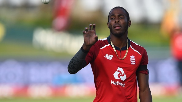 Jofra Archer undergoes surgery on his right hand after cutting it while cleaning his fish tank