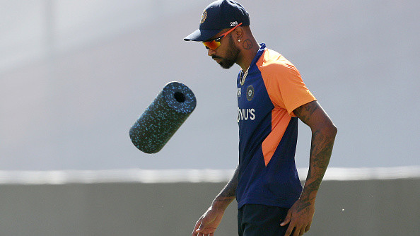 Hardik Pandya will only be considered for Test cricket once he starts bowling at full tilt - Report