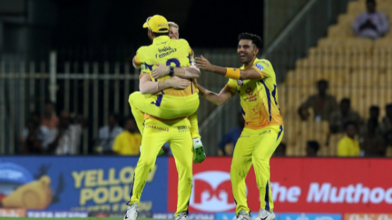 IPL 2018: Match 5, CSK vs KKR: Suresh Raina hits the bull's eye to run Robin Uthappa out