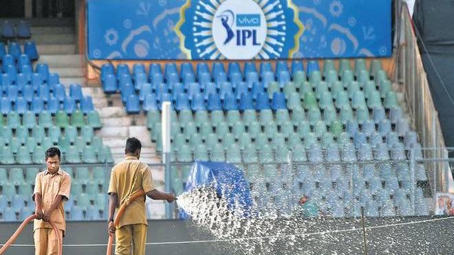 बॉम्बे हाई कोर्ट ने एमसीए से आईपीएल के दौरान अतिरिक्त पानी की आपूर्ति के लिए पूछा