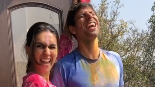 Watch: Ashish Nehra celebrates Holi with his wife