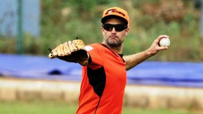 IPL 2018: Simon Katich hails KKR's decision to name Dinesh Karthik as Gautam Gambhir's successor