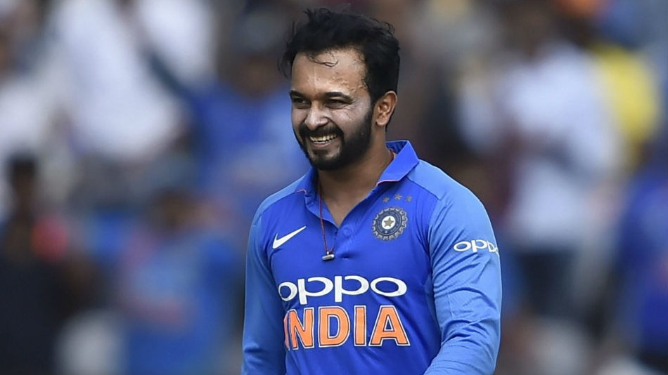 Kedar Jadhav does a good deed in his 35th birthday; donates blood to a needy person