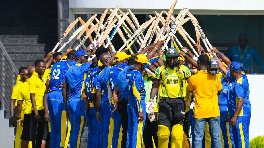 Chris Gayle receives guard of honor from both teams, as he walks out to play his final 50-over game for Jamaica | CWI Media