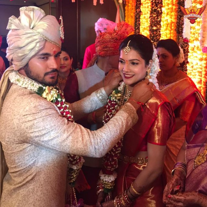 Manish Pandey married actress Ashrita Shetty | Twitter