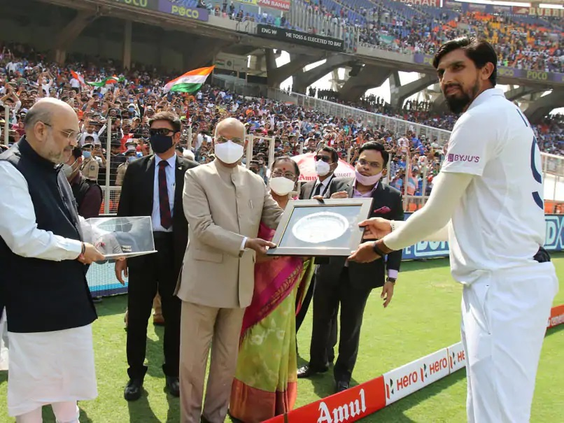 Ishant Sharma being felicitated by President Ramnath Kovind   Instagram