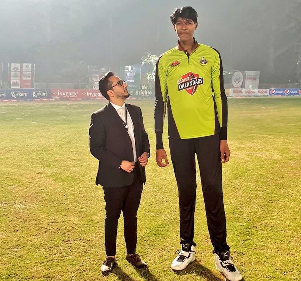 Lahore Qalandars' Ahmer Najeeb with Muhammad Mudassir | Twitter
