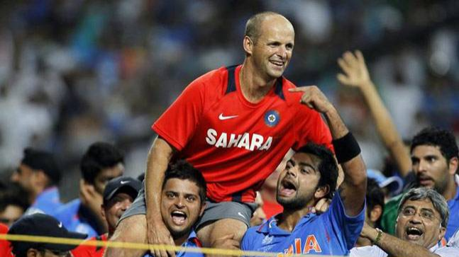 Gary Kirsten open to Australia and England coaching roles