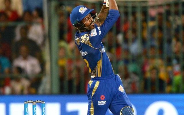 Hardik Pandya hits one straight out of Chinnaswamy stadium | Twitter