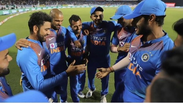 IND v BAN 2019: Heartwarming moment when Shivam Dube presented captain Rohit Sharma with his 100th T20I cap