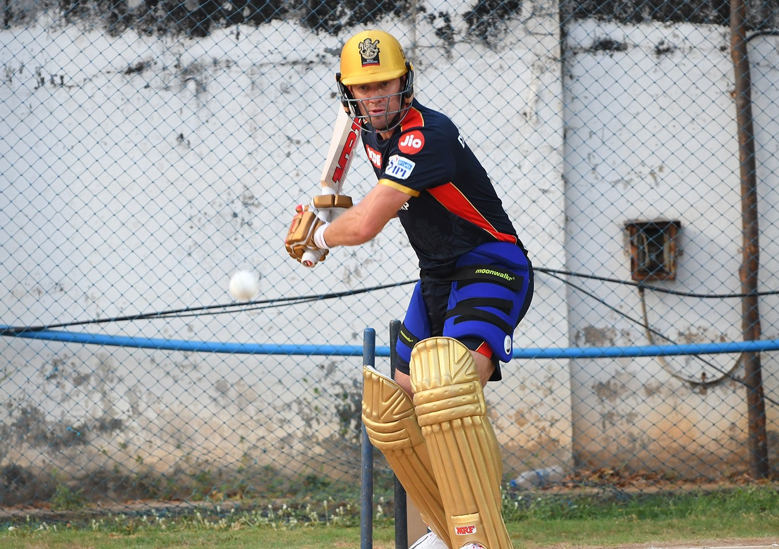 De Villiers is raring to go and play for RCB in the IPL 14 | RCB Twitter