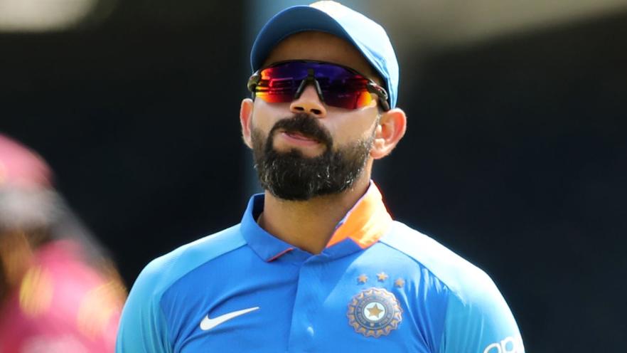 बीसीसीआई के वार्षिक अवार्ड कार्यक्रम के बाद भारतीय टीम की तस्वीर से गायब नजर आये विराट कोहली, फैंस ने किया ट्रोल