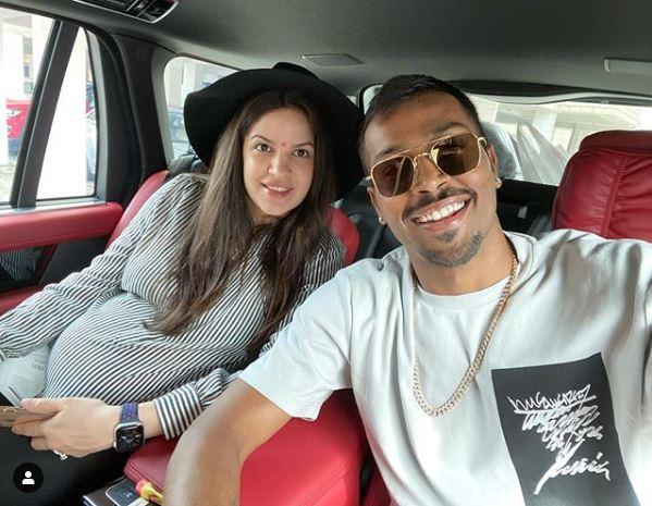 Natasha Stankovic and Hardik Pandya   Twitter