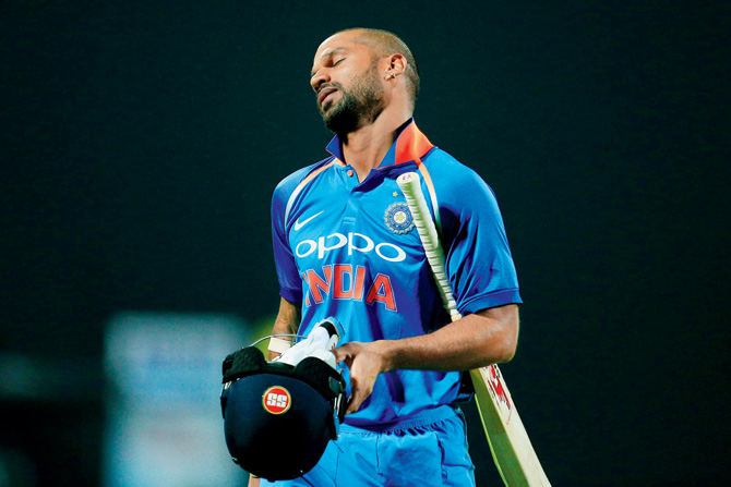 SA v IND 2018: Shikhar Dhawan gets furious on Virat Kohli; Twitter had fun