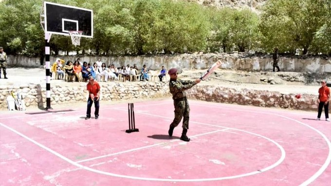 In Pic: Lieutenant Colonel MS Dhoni plays cricket with kids in Leh