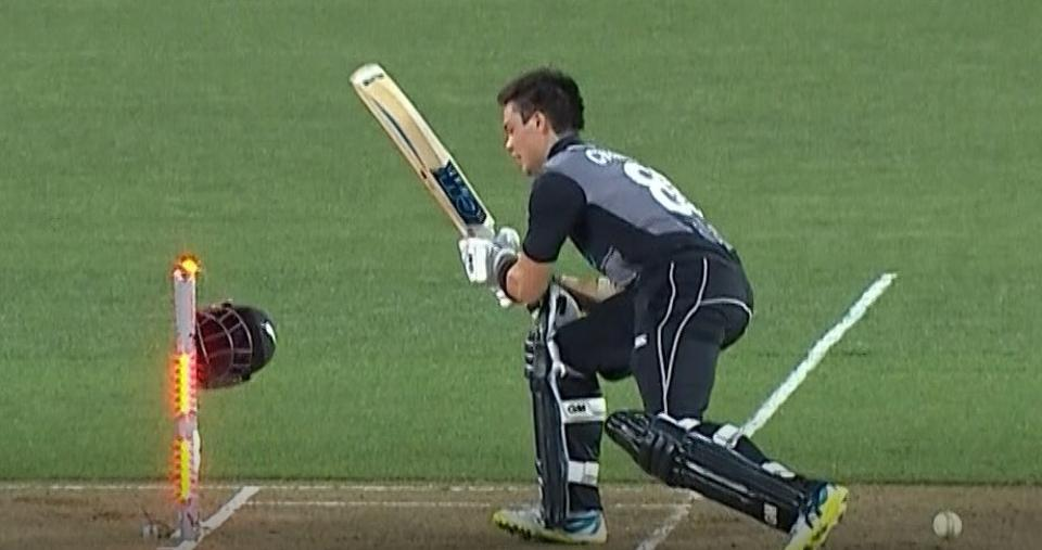 Watch: Bizarre dismissal of New Zealand's Mark Chapman in Auckland