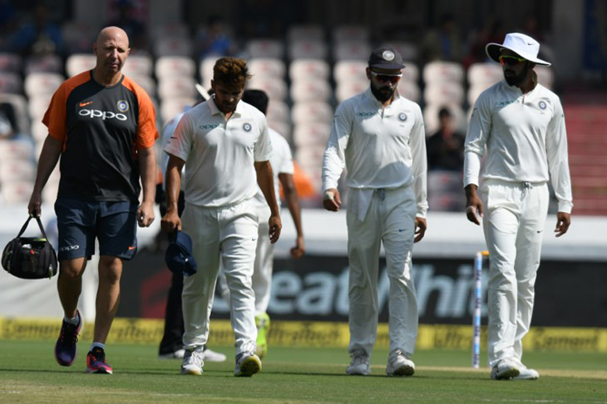 Shardul Thakur left the field early in the first morning with a groin strain | AFP