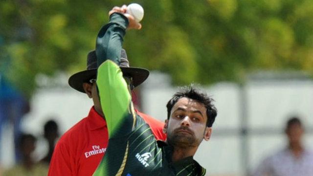 मिकी आर्थर के अनुसार मोहम्मद हफीज का केवल एक बल्लेबाज़ के रूप में खेलना मुश्किल