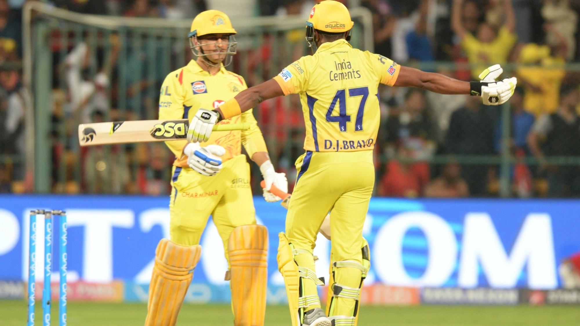 IPL 2018: सीएसके के पूर्व सलामी बल्लेबाज ने महेंद्र सिंह धोनी को बताया 'रियल यूनिवर्स बॉस'