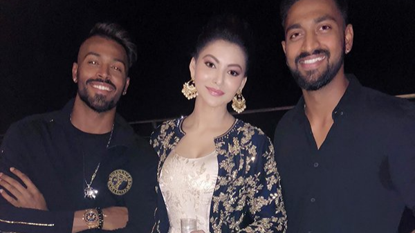 Hardik Pandya reported of hitting on B-town actress Urvashi Rautela