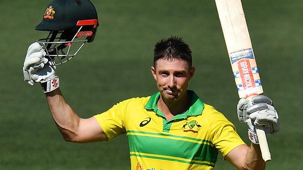 AUS v IND 2018-19: 2nd ODI – Shaun Marsh's 131 takes Australia to 298/9; Bhuvneshwar takes 4/45