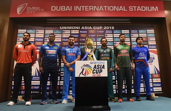 All the 6 captains pose with Asia Cup trophy | Getty Images