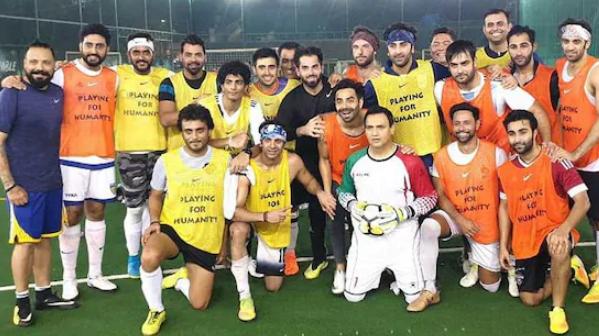 MS Dhoni plays football with Ranbir Kapoor and Abhishek Bachchan
