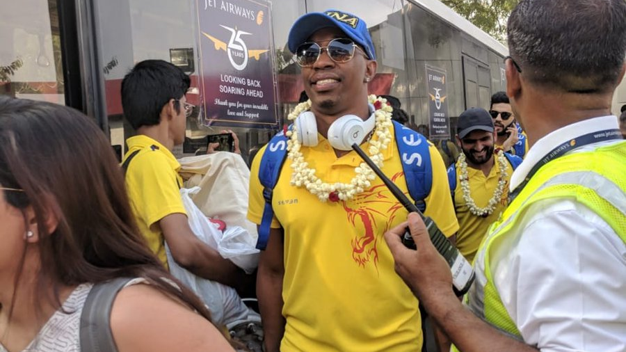 IPL 2018: Chennai lit up with glee as MS Dhoni and co arrived with the trophy