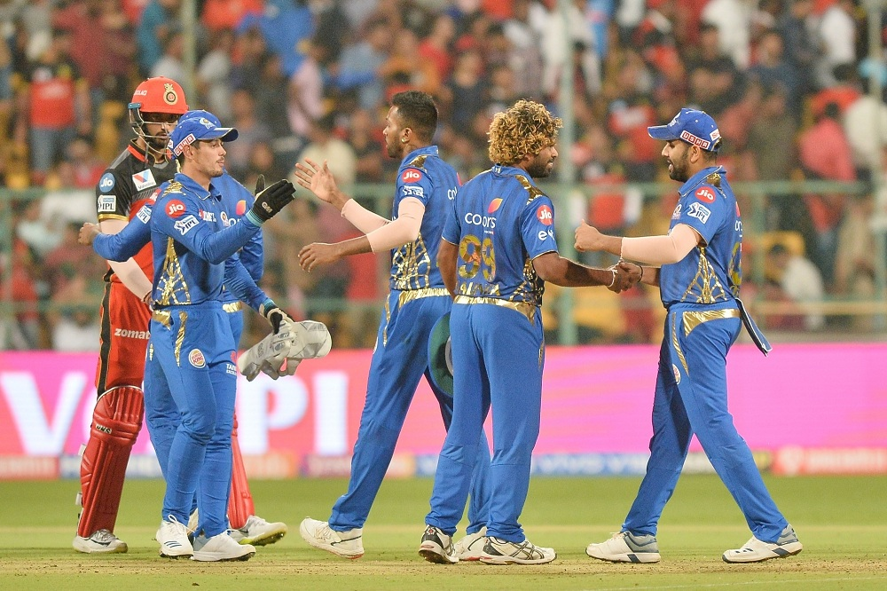 Mumbai Indians beat Royal Challengers Bangalore in a thrilling game | IANS