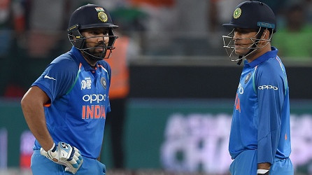 AUS v IND 2018-19: Dhoni's mere presence brings a sense of calm to the dressing room, says Rohit Sharma