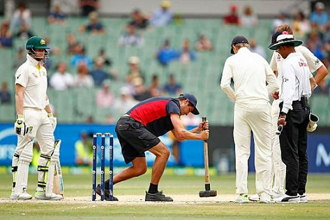 Melbourne Cricket Ground receives official warning from ICC