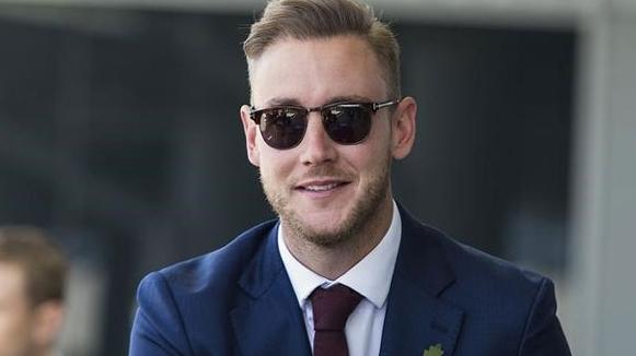 Stuart Broad reacts to resignation of Darren Lehmann in his column