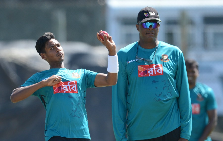 Walsh is hoping that Mustafizur will be at his best in the Asia Cup. | Getty
