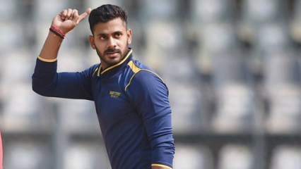 Manoj Tiwary was amongst wickets for Bengal
