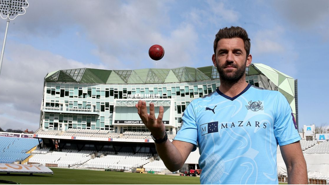 Liam Plunkett to join Surrey after outstretched relations with Yorkshire