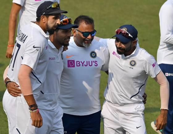Umesh, Ishant and Shami along with bowling coach Bharat Arun | The Hindu