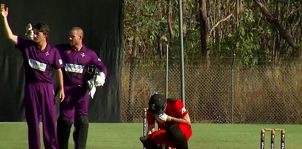 Opposition players signal for help as Bancroft gets hit in the throat during batting (Cricket.com.au)