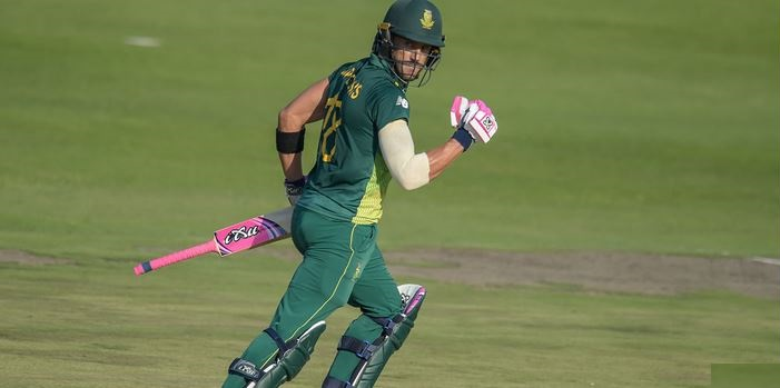 Faf du Plessis needs 40 more runs to complete 5000 runs in ODI cricket (photo - getty)