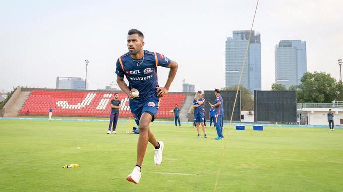 IPL 2019: Hardik Pandya joins Mumbai Indians training camp ahead of the season