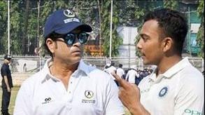 IPL 2019: Prithvi Shaw gets batting inputs from Sachin Tendulkar ahead of IPL