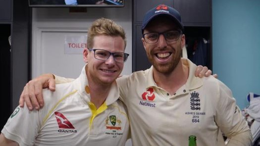 Ashes 2019: Steve Smith poses in glasses with Jack Leach; England Cricket takes a funny jibe on Twitter