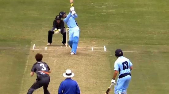 WATCH – Australian teen Oliver Davies smacks six sixes in an over