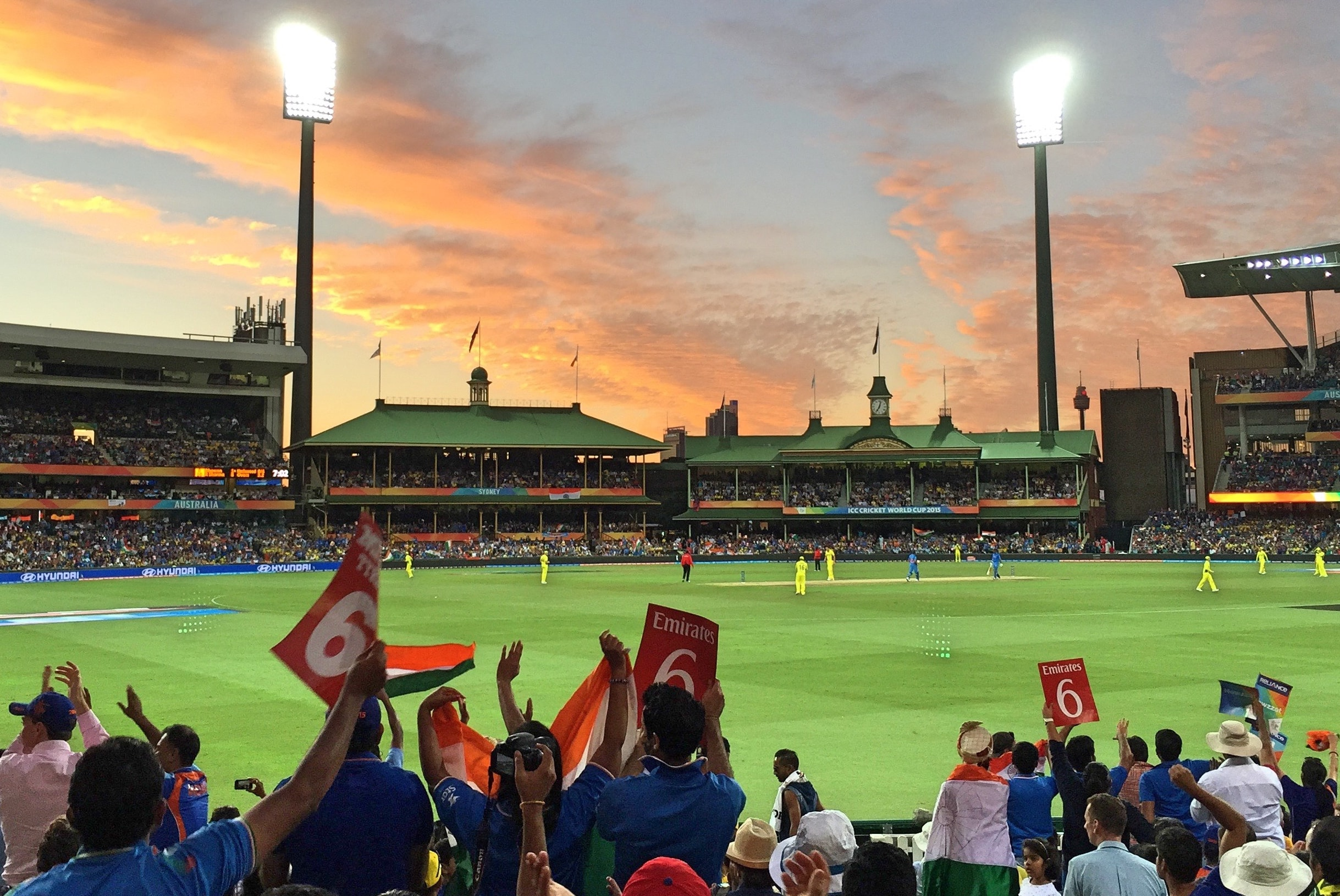 Fans have been asked to wear masks at the SCG   Twitter