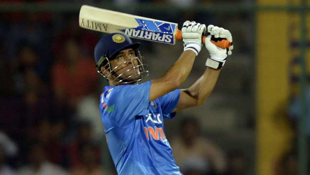 MS Dhoni's experience is invaluable for the team, said Shastri | IANS
