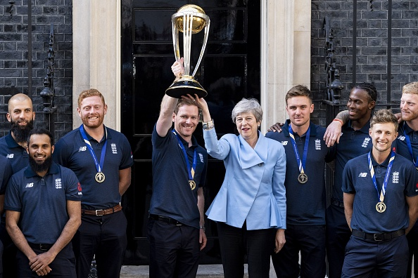 Eoin Morgan and England team with British PM Theresa May | Getty