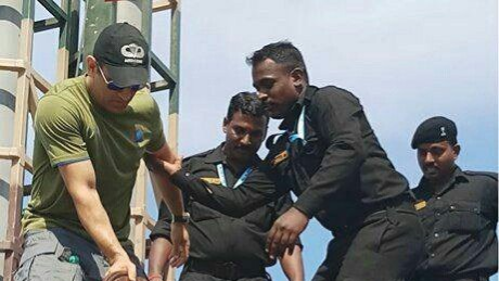 Lt. Colonel MS Dhoni attends Defence Expo at Chennai