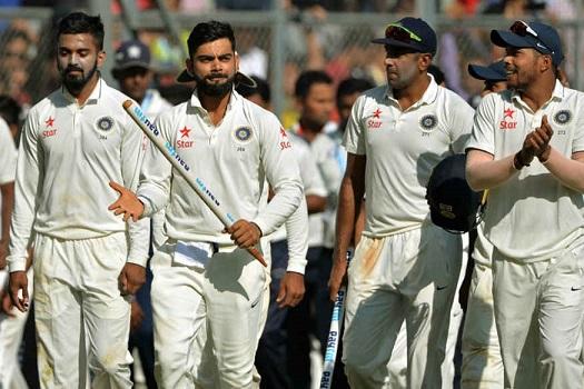 Virat Kohli with Team | AFP